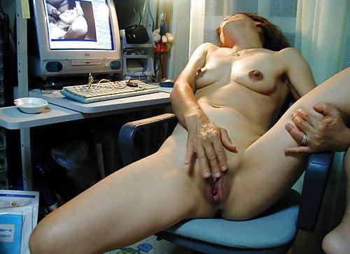 Japanese girl masturbating porn pics