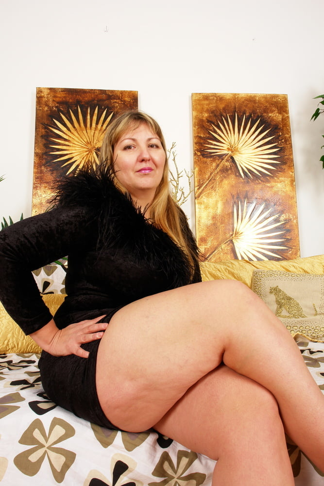 Chubby BBW Mom Seduce to Fuck by Huge Cock Step Son - 48 Pics