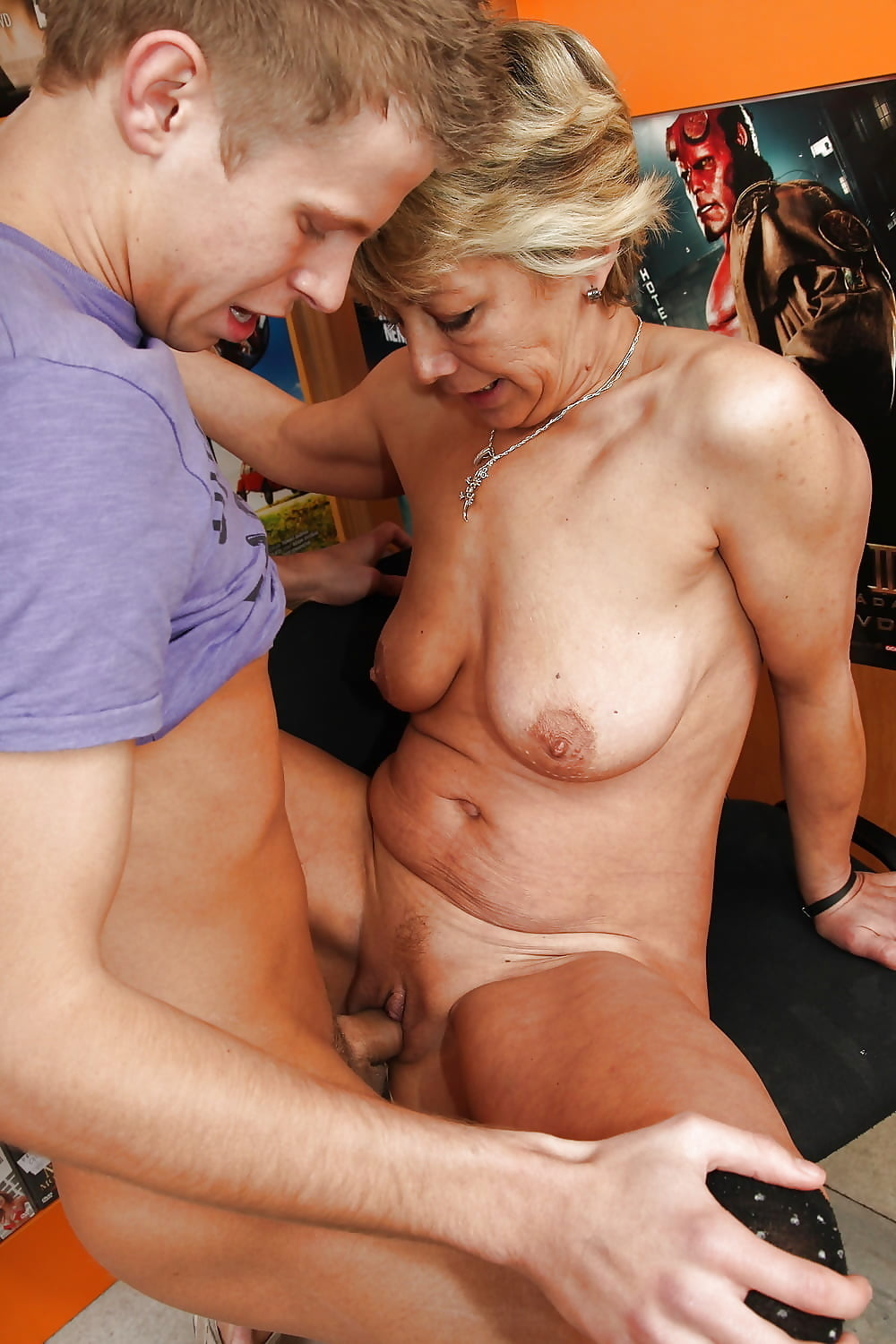 Free mature vs young #11