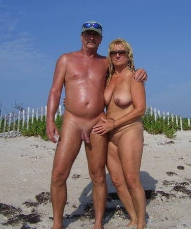 photographs of older people in the nude