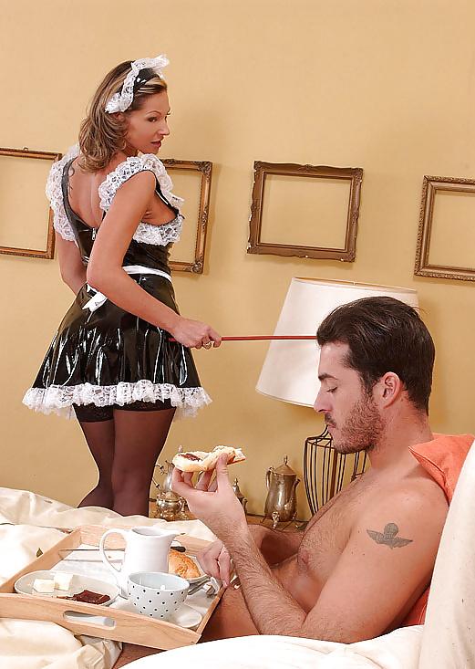 Парень принес завтрак в постель порно порно