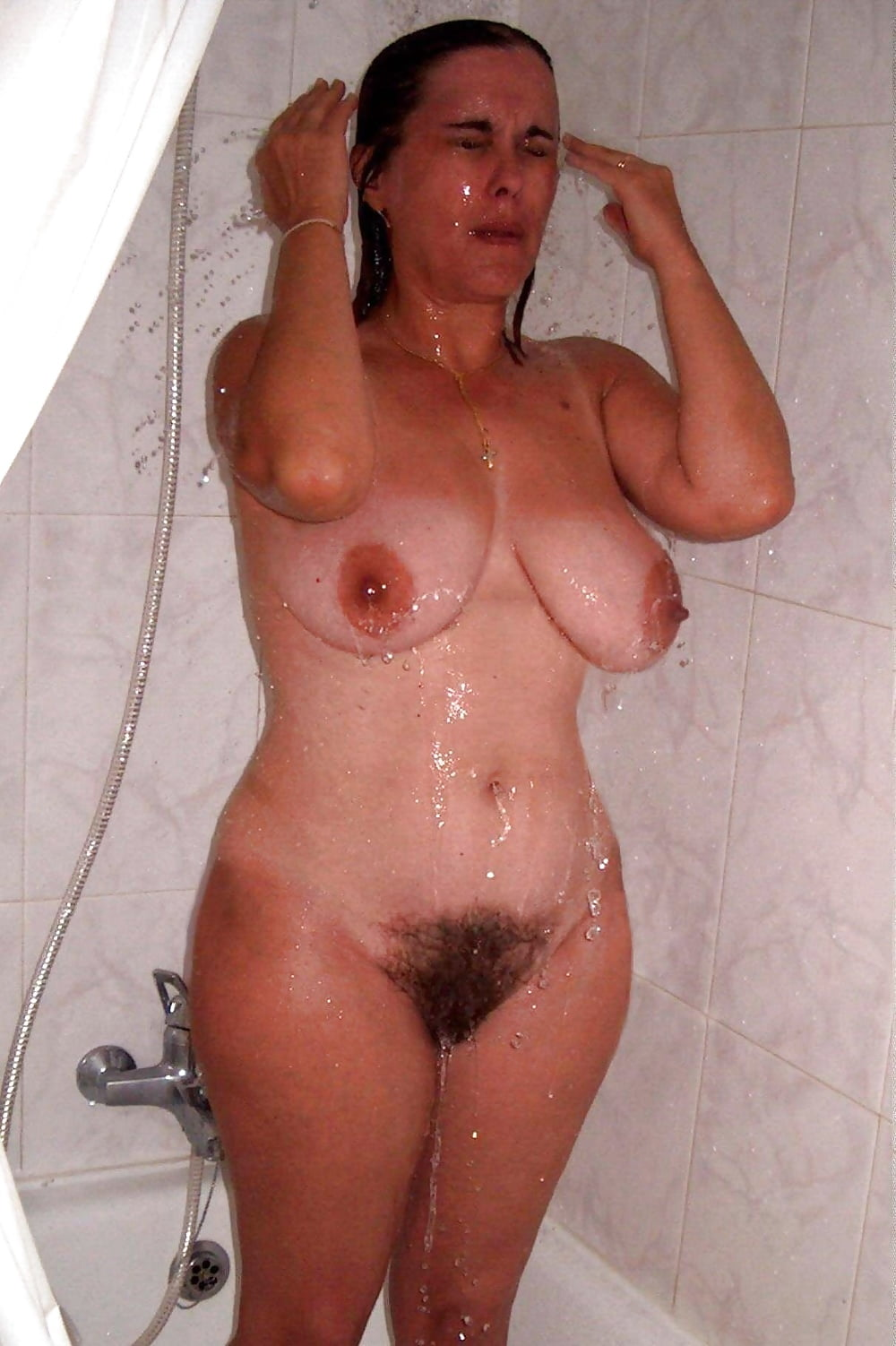 sex-photo-my-naked-mom-in-shower