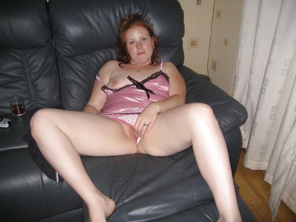 Женщины с раздвинутыми ляшками без трусов полные фото, эротический медосмотр по русски видео
