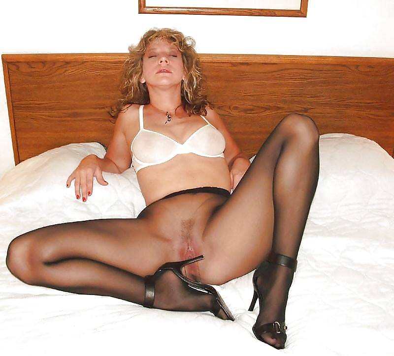 See and save as mature pantyhose fetish porn pict