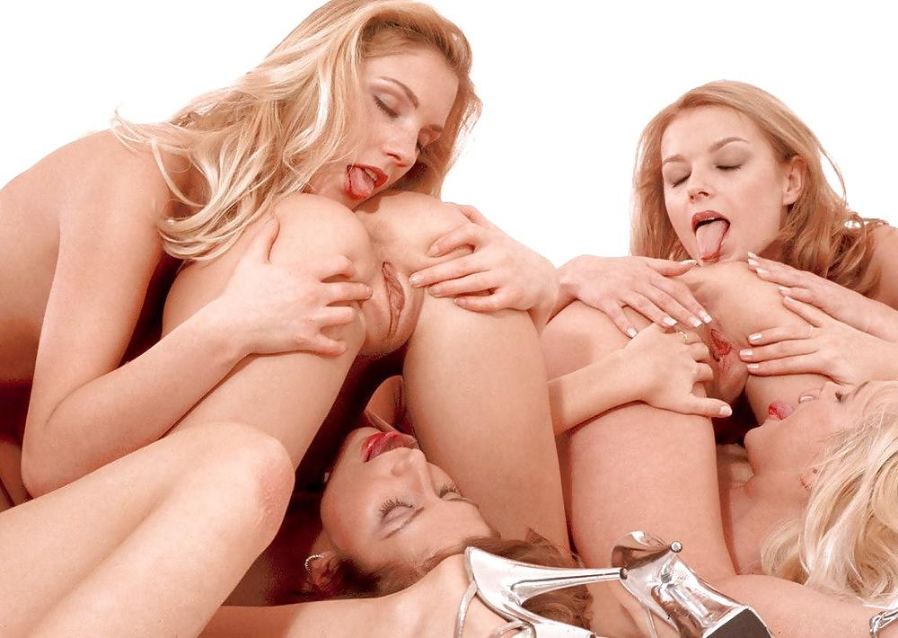 Порно лесби с партнером