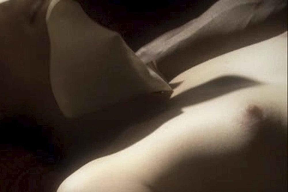 Bryce dallas howard nude jurassic world outtake