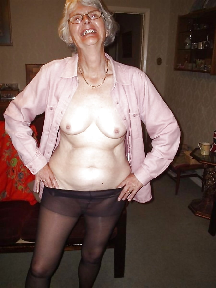 grannies-posing-naked-see-gf-through-knickers-pussy