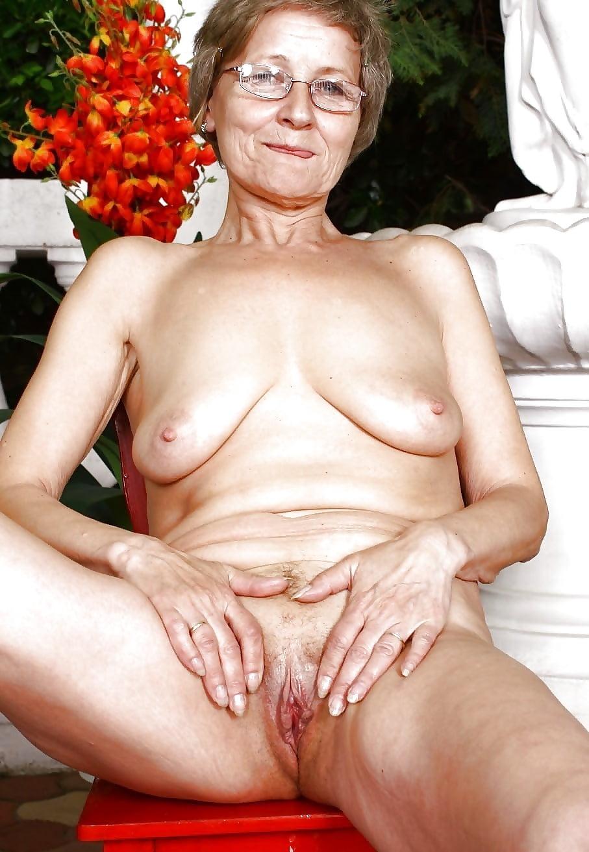 Порно самые старые мамочки с обвисшими сиськами