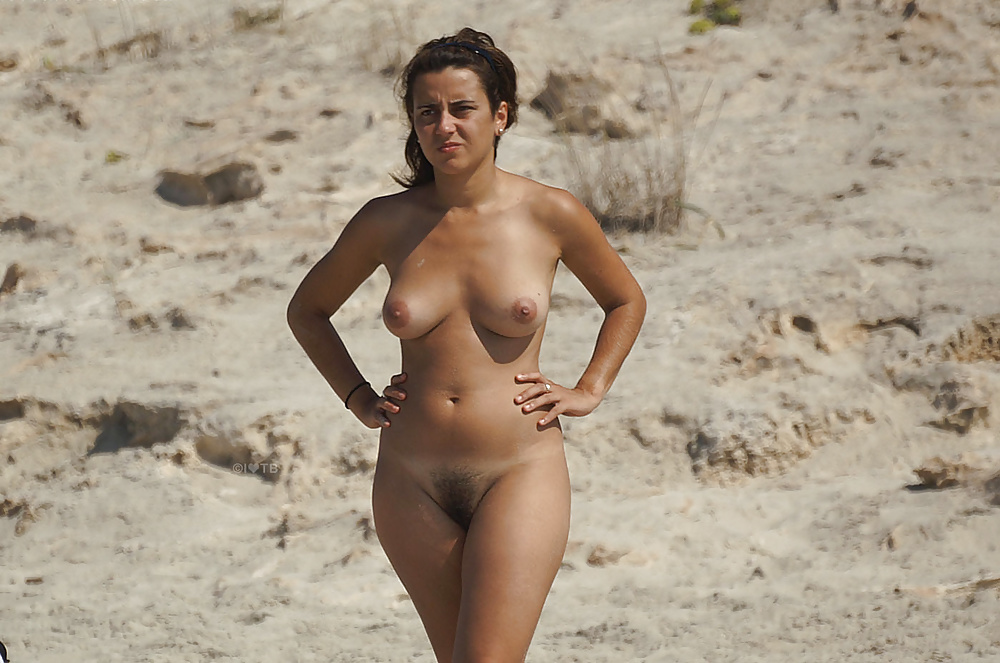 Naked women of spain — photo 12