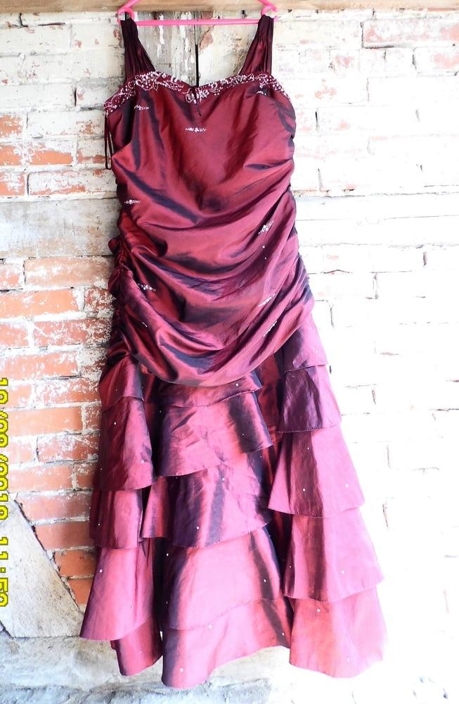 Milf dress gallery