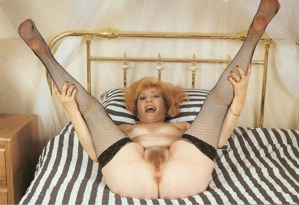 Old Spunkers Kitty Foxx Fisted