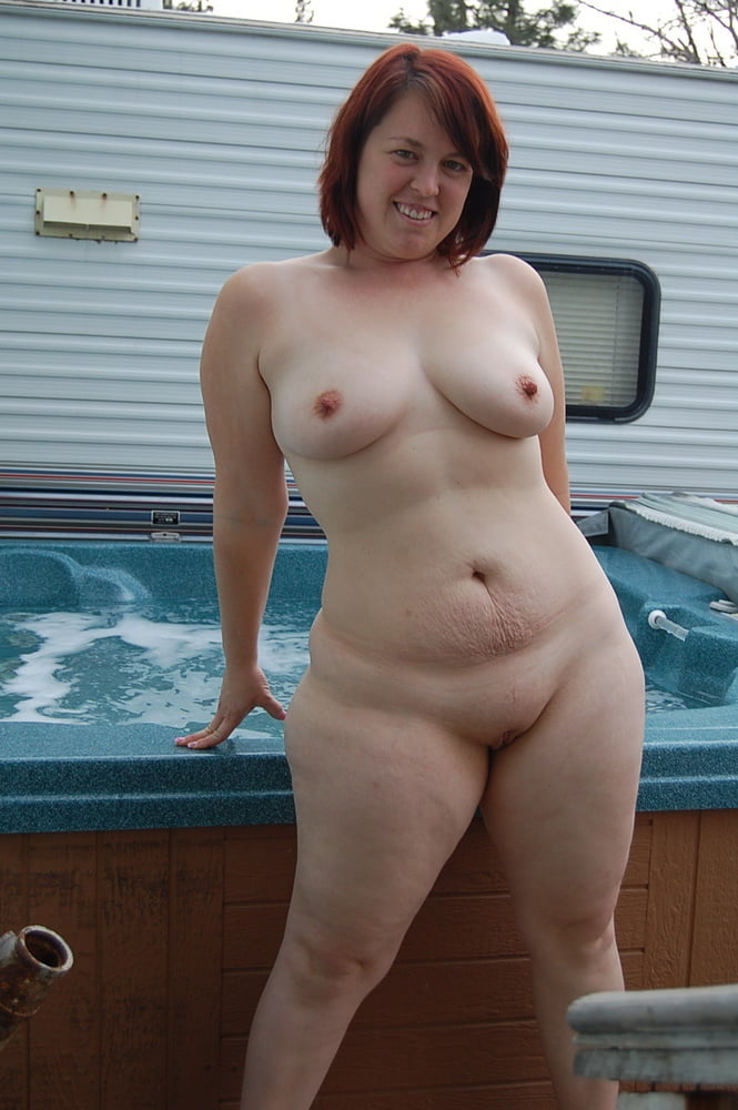 Sexy naked chubby housewives