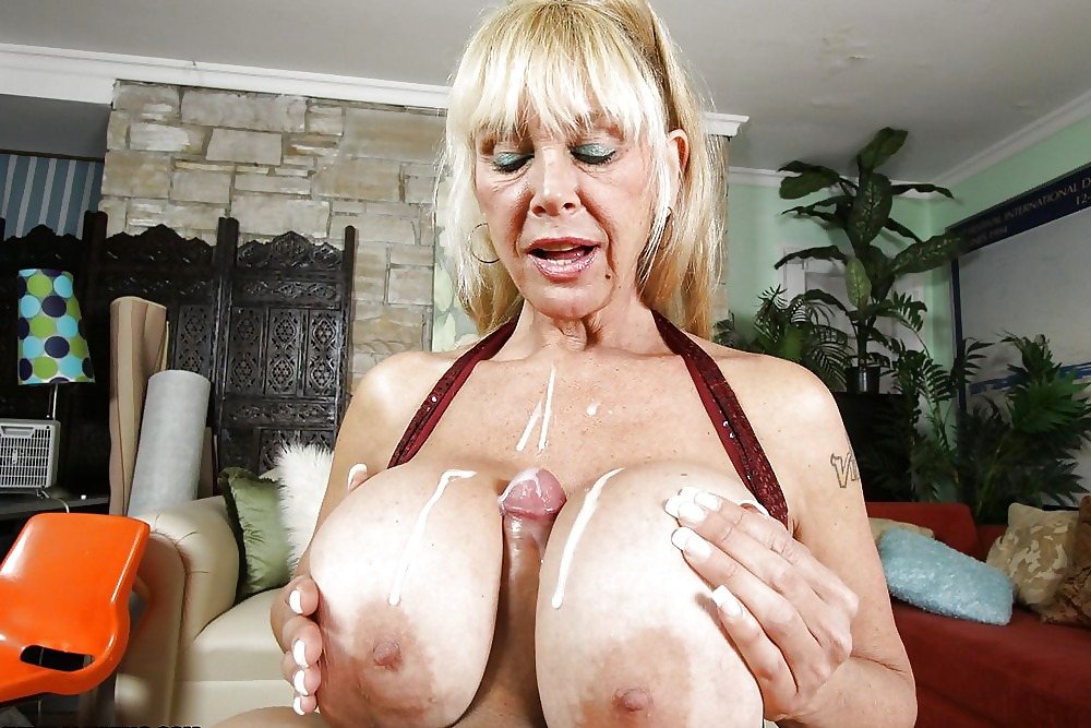 Grannies squirting, porn galery