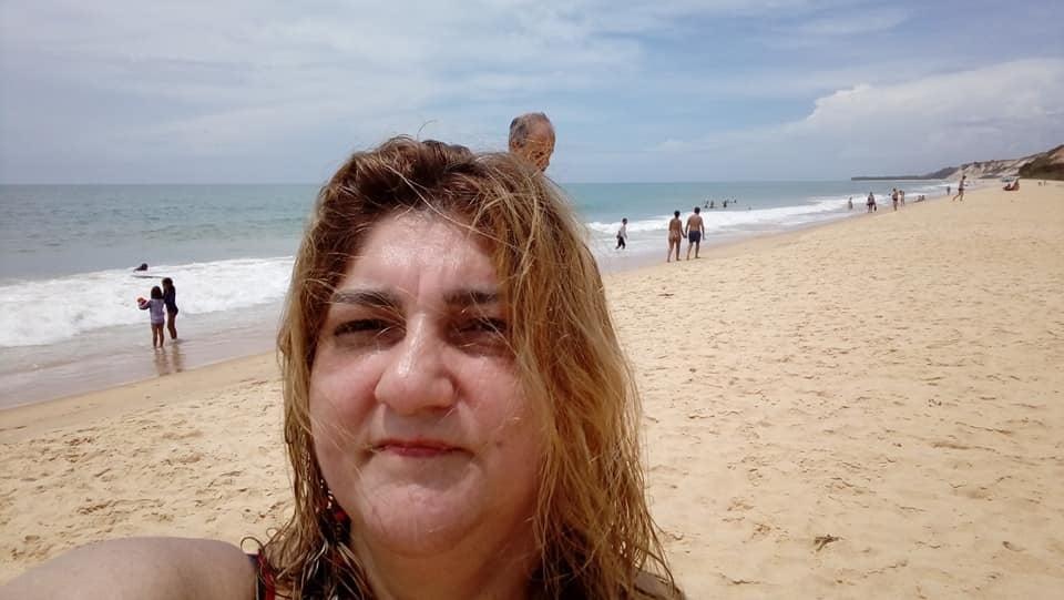 coroa gostosa selfies pra sua punheta - 24 Pics