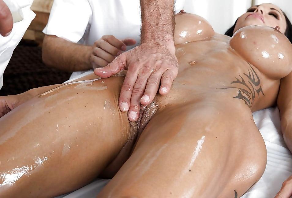 Порно массаж от первого лица