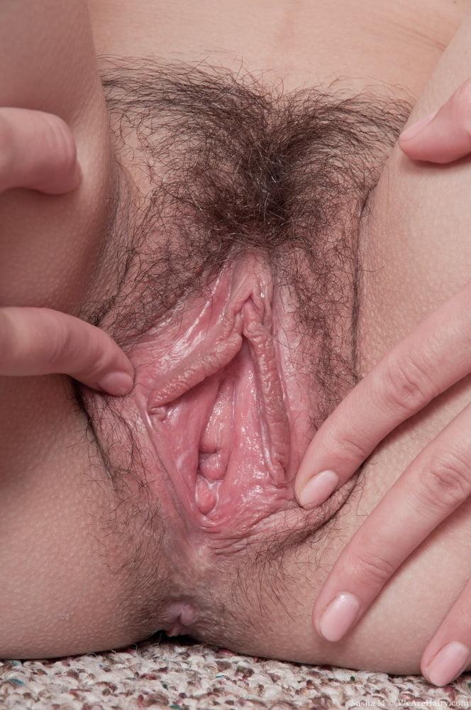 Lovely Hairy Vulva Eva Gold With Captivating Sexy Eyes Nude