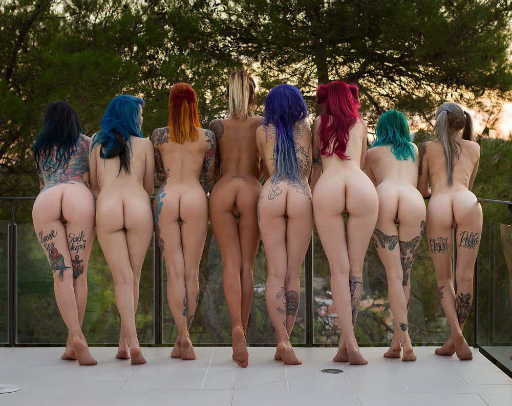 Bare ass naked girls