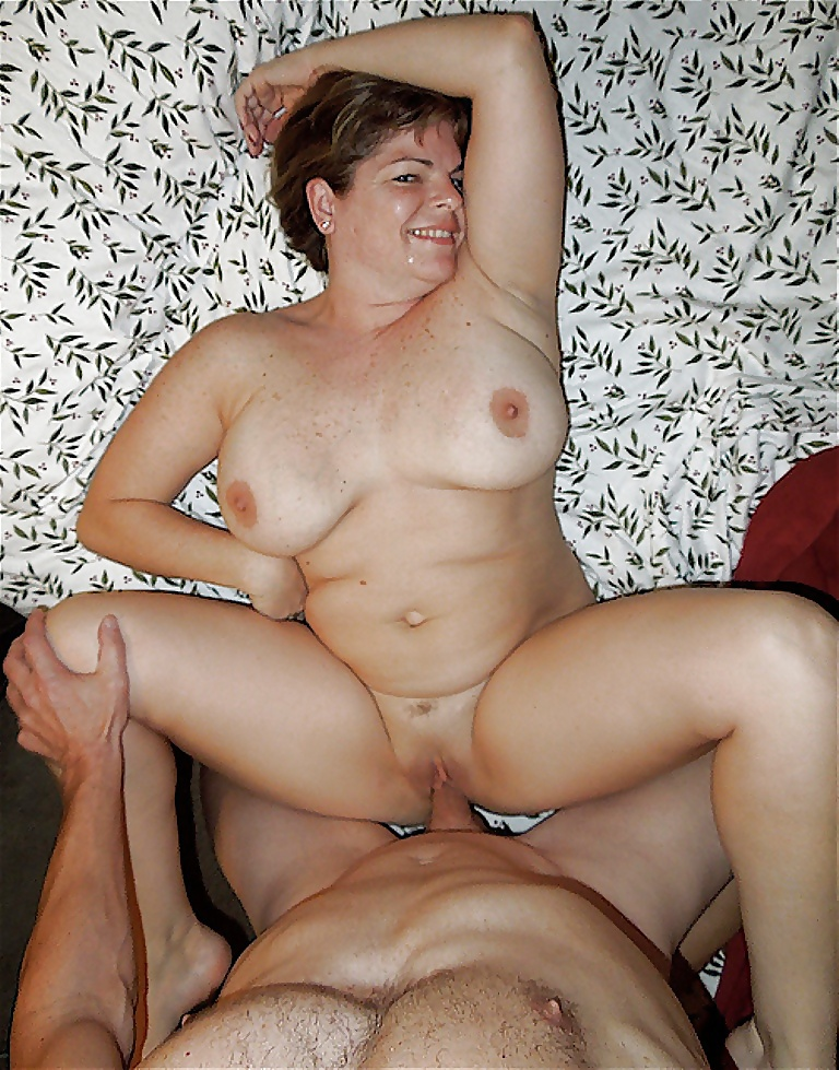 Женщину в возрасте ебут — photo 12