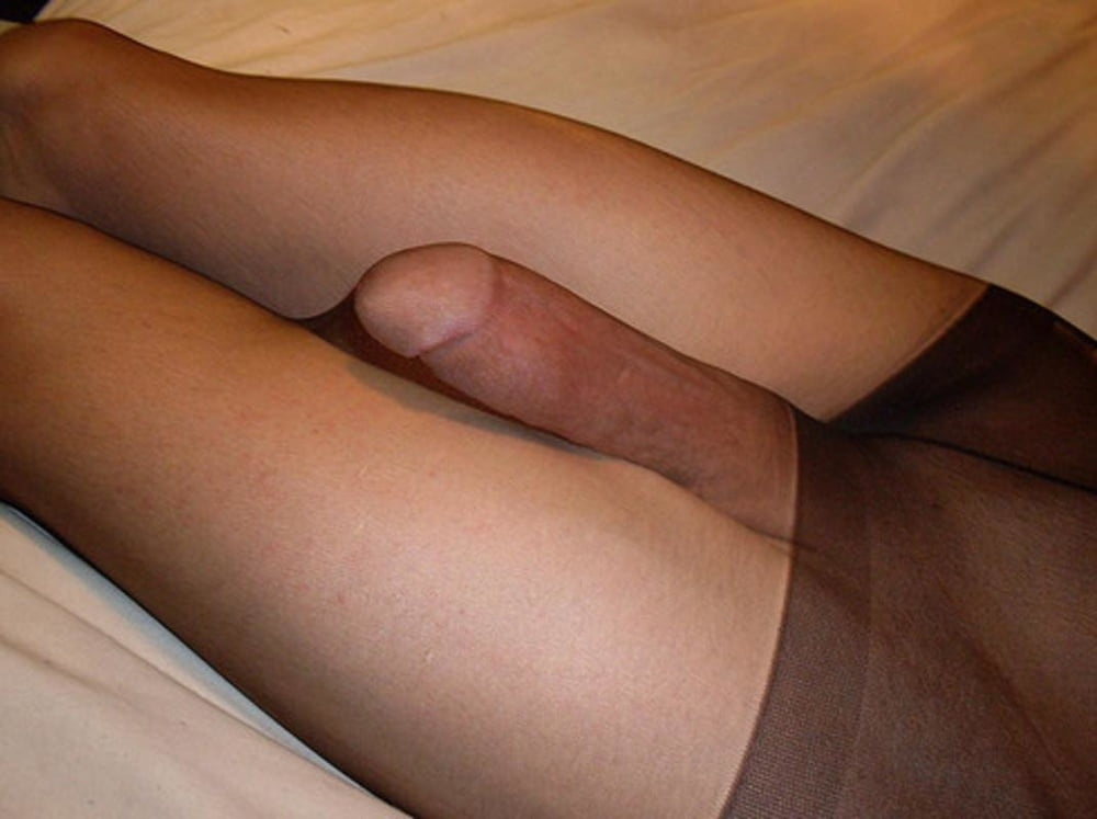Males and females wearing pantyhose, lacey duvalle deepthroat