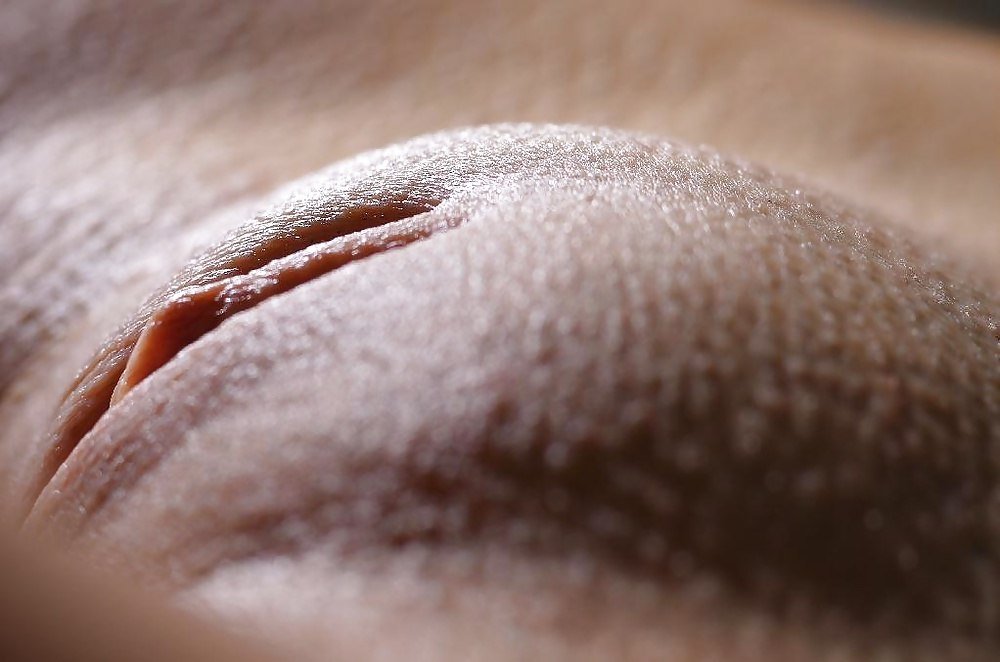 shaved-camel-toe-pussy