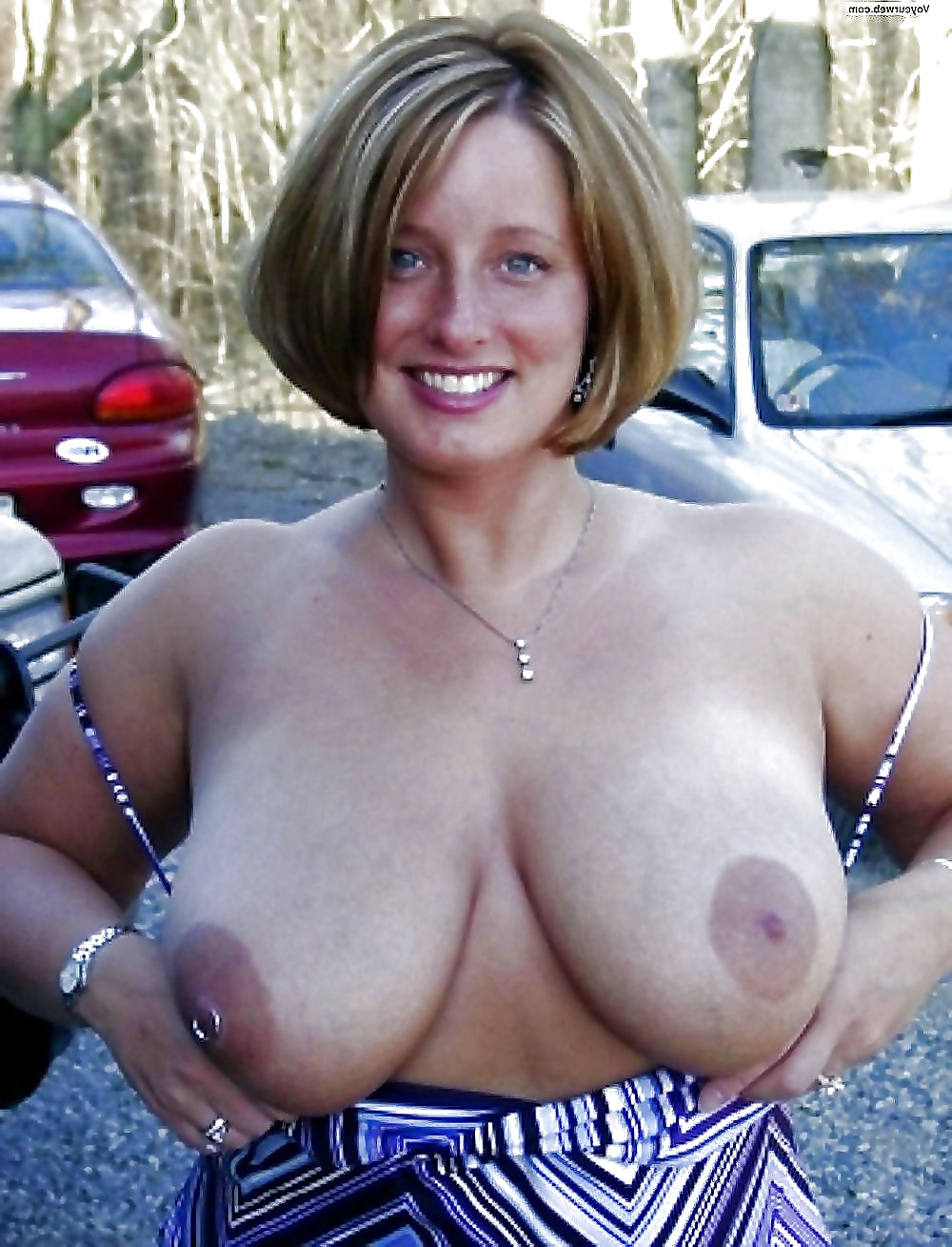 Mature tits moms