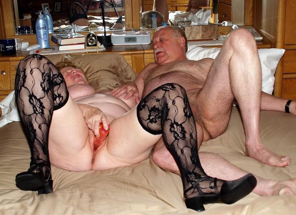 Hausfrauen Riesenpimmel Nackte Partysex
