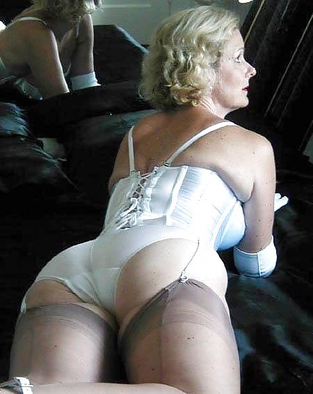 Mature ladies only wearing panties