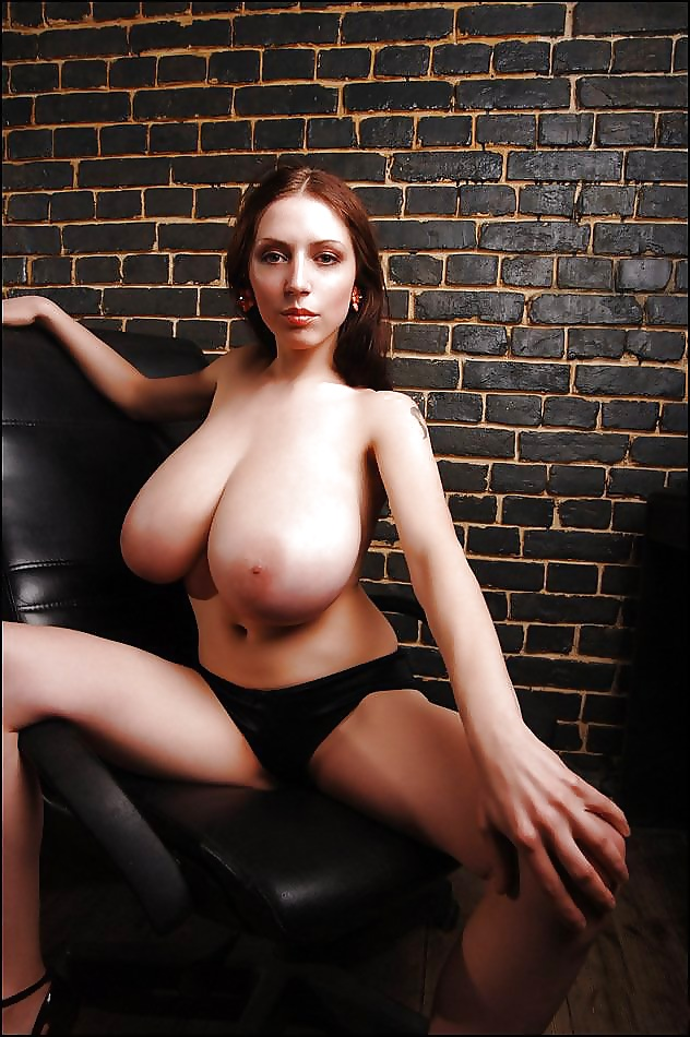 Anya big boob — 8