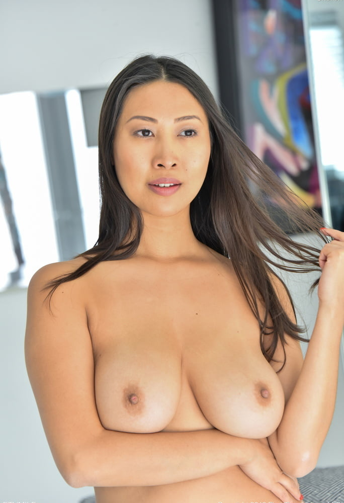tits with Japanese milf big