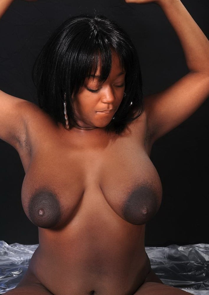 Ebony Big Tits And Tasty Nipples Collection - 38 Pics -1427
