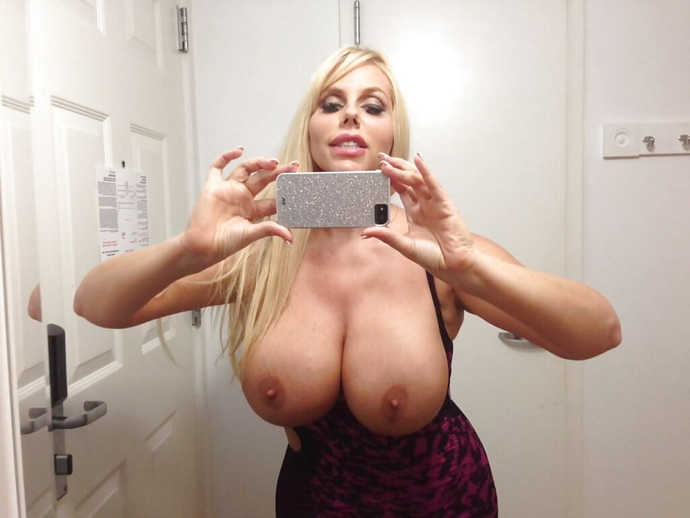 Hot mom boob selfshots
