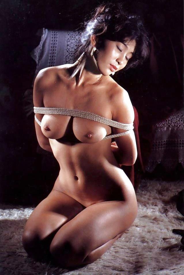 Luna rodriguez y dracox shibari erotic show en el feda 2015 - 1 part 1