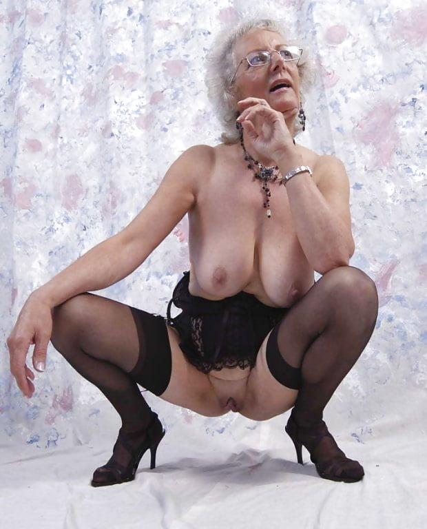 Самые старшие проститутки махачкала снять проститутку