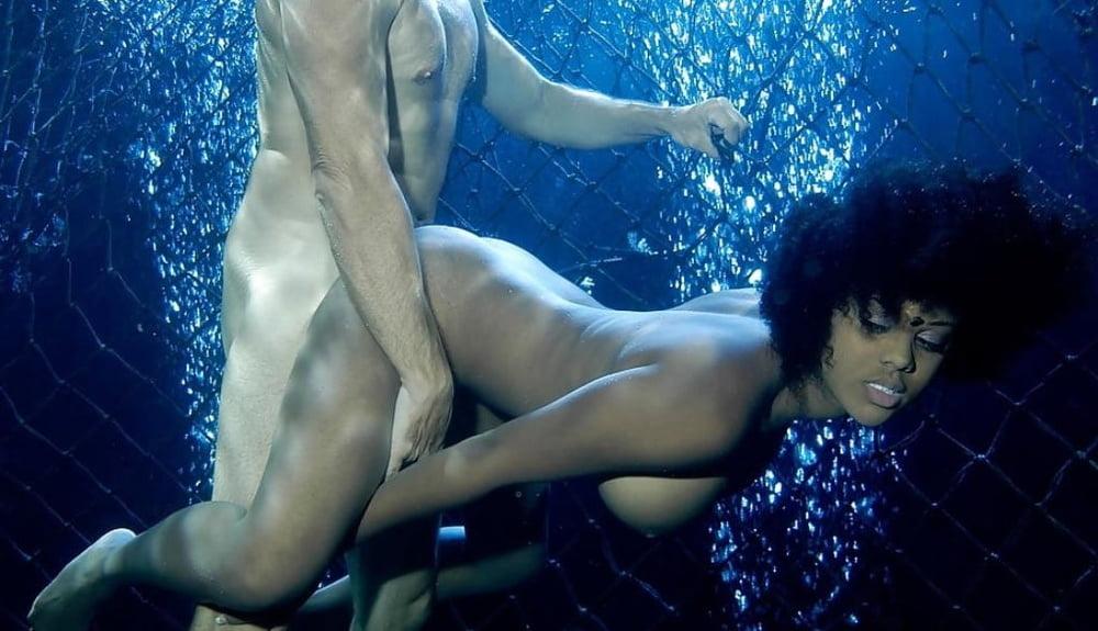 Ebony UnderWater 1 - 99 Pics