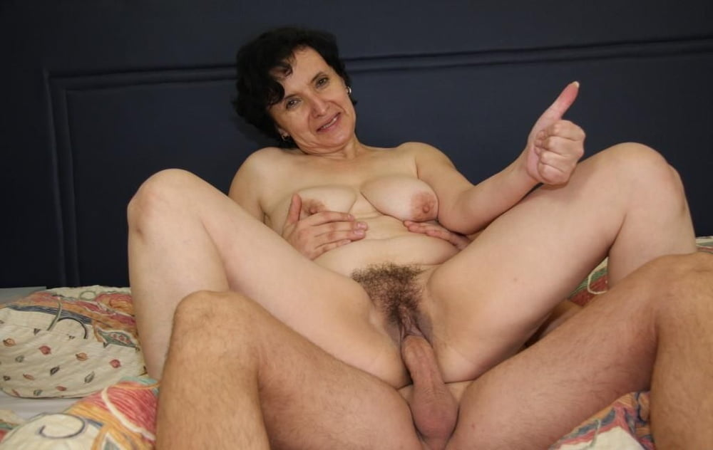 Hardcore rough dirty fuck and cum inside hairy mature stepmom turns wet dreams into