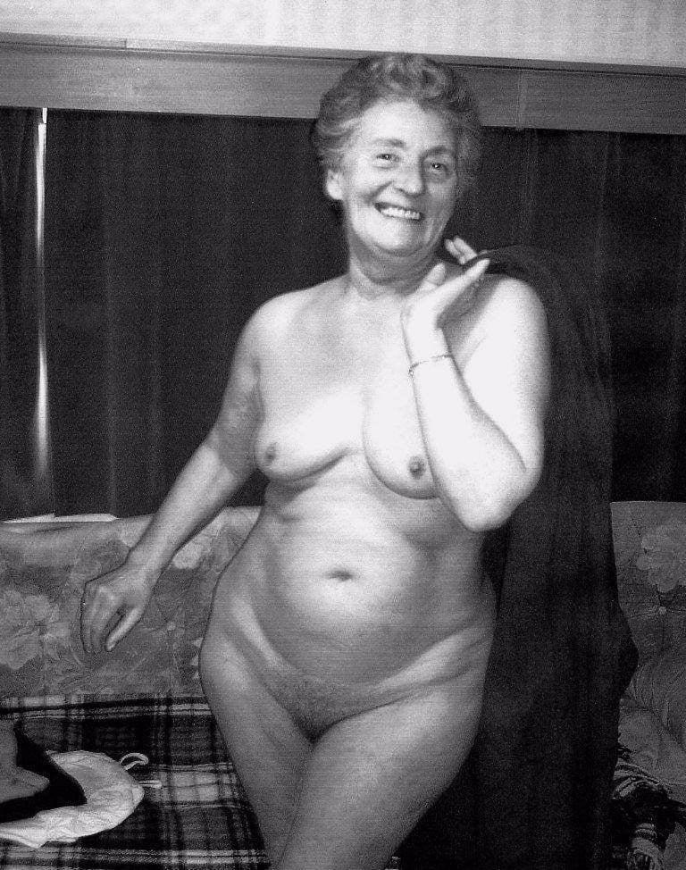 Free naked old women