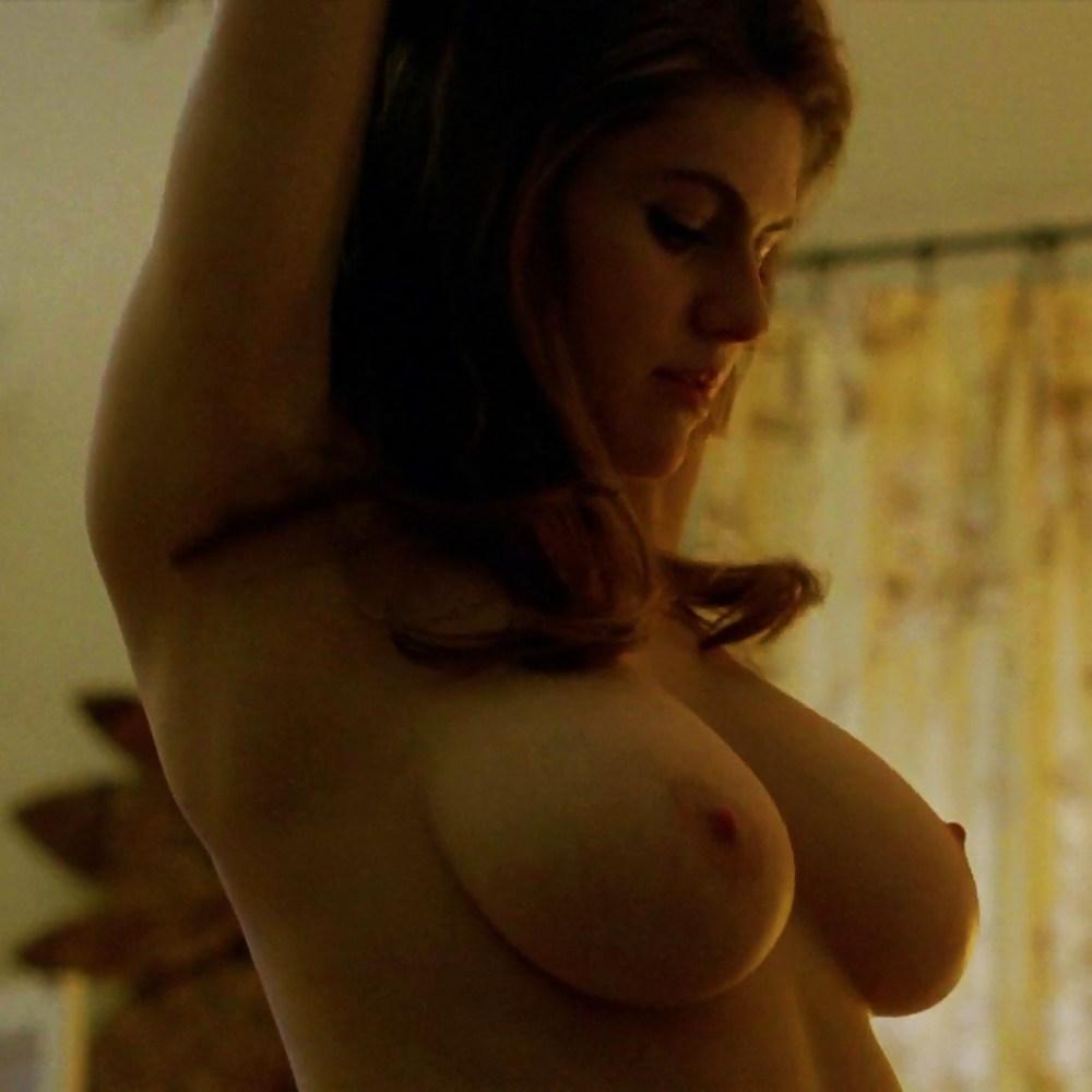 Alexandra daddario free nude pics