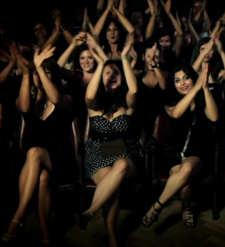 Fru Fru Freak Show - 33 Pics