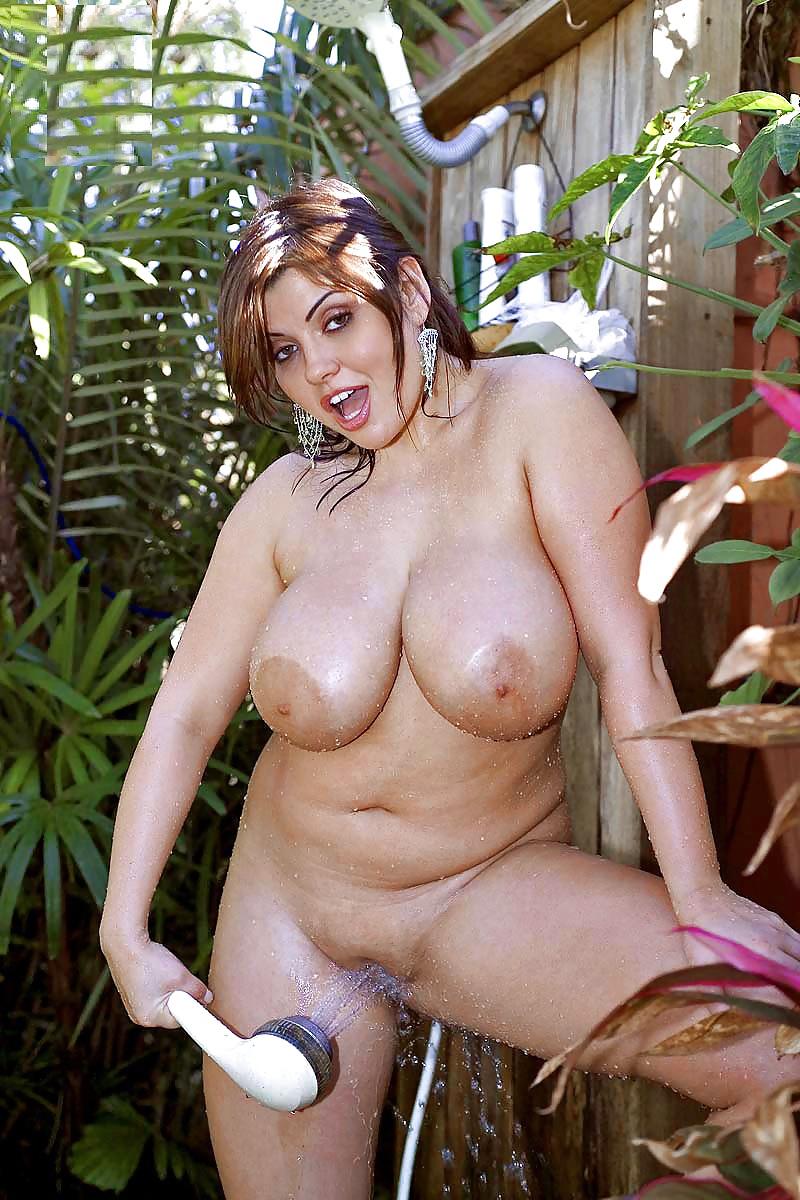 Girls modling naked