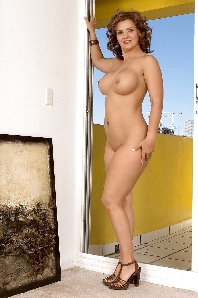 Lacy grant nude — pic 2