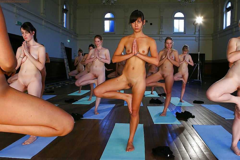 pics-of-naked-women-in-gymnasium