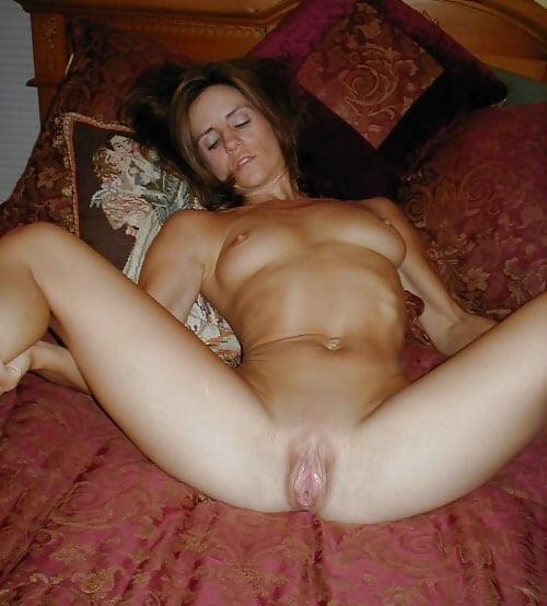 Milfs, Cougars, Mature Busty Amateur Women - 43 Pics -6964