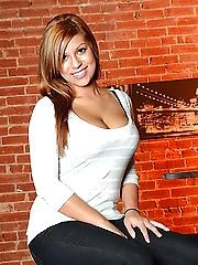Briana Lee