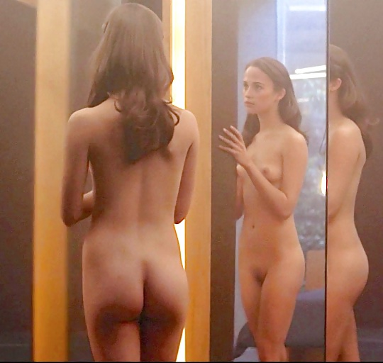 juicy-ass-alicia-banit-fully-nude