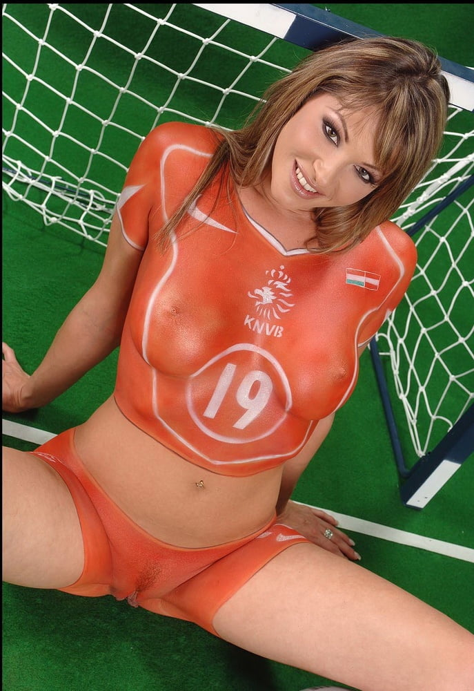 soccer-babe-porn-fat-womens-first-time-trying-lesbian-sex-videos