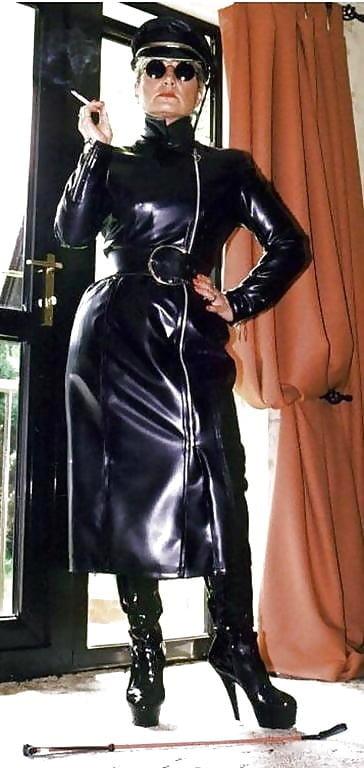 Leather mistress pics