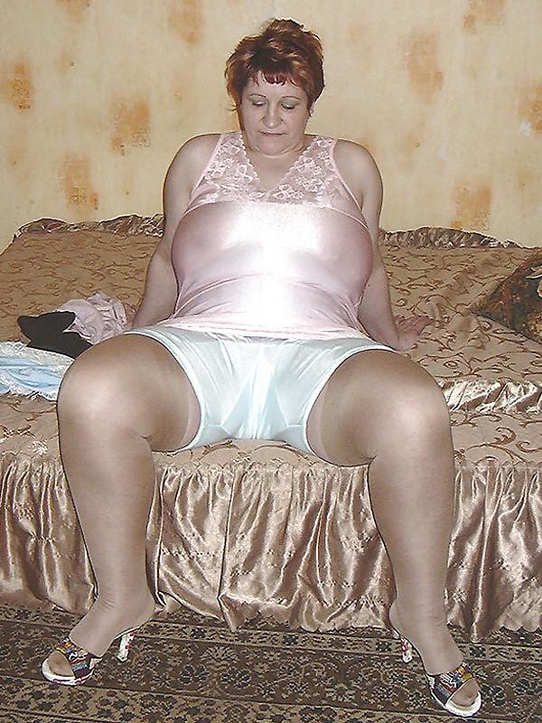 так пожилые женщины в рейтузах порно онлайн первую неделю соревнований