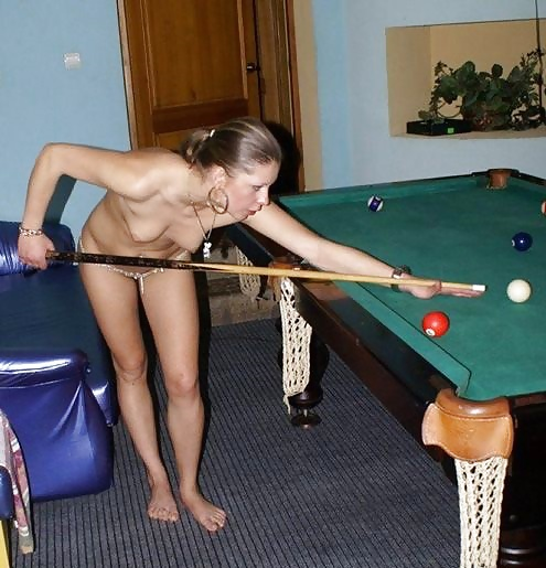 nude-naked-girls-pool-table