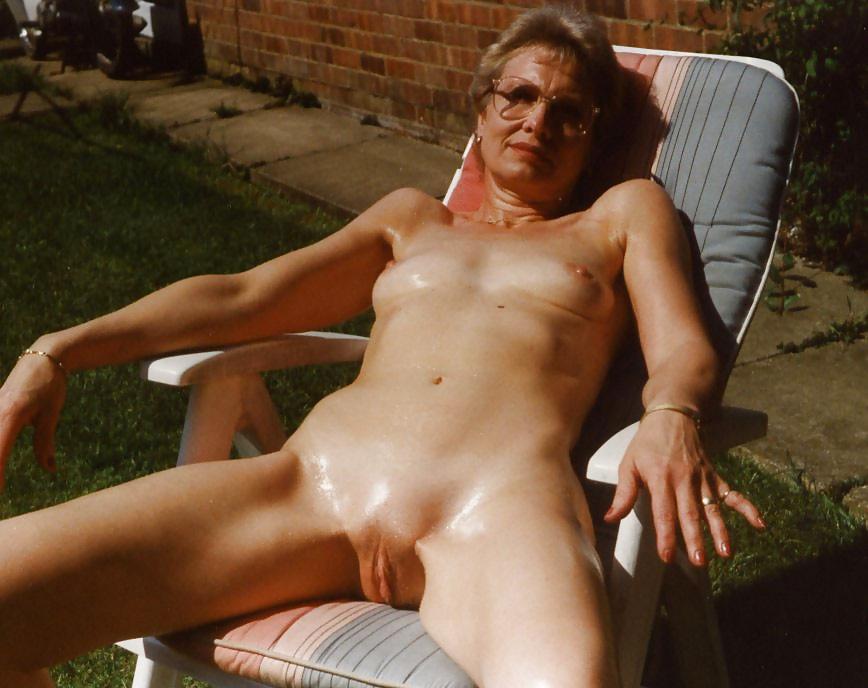 old-nud-handfucking-ladys-nicole-sullivan-naked-fakes