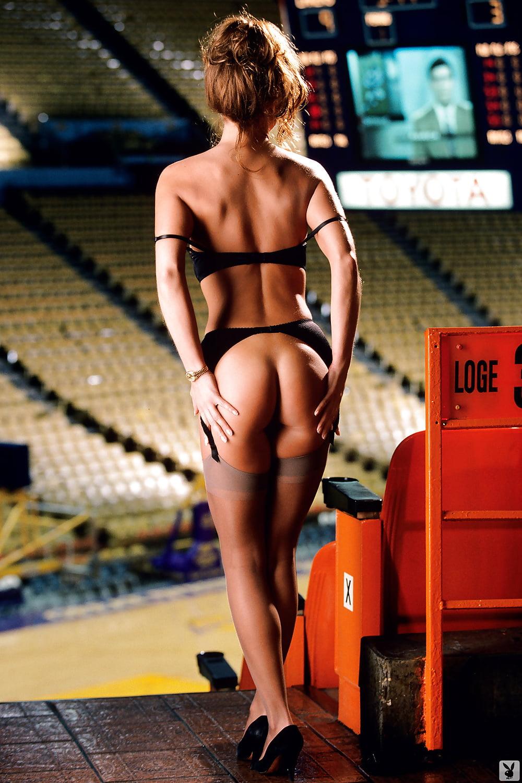 Nude pics buss jeanie